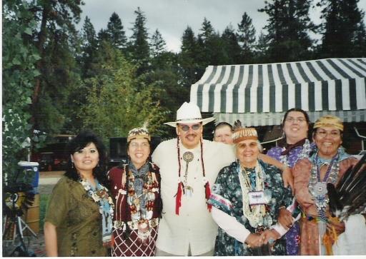 Joanna Storm, daughter Mona Hudson, son Keith Taylor, Agnes, granddaughter Ember Hudson, daughter Nadine Martin, 2000